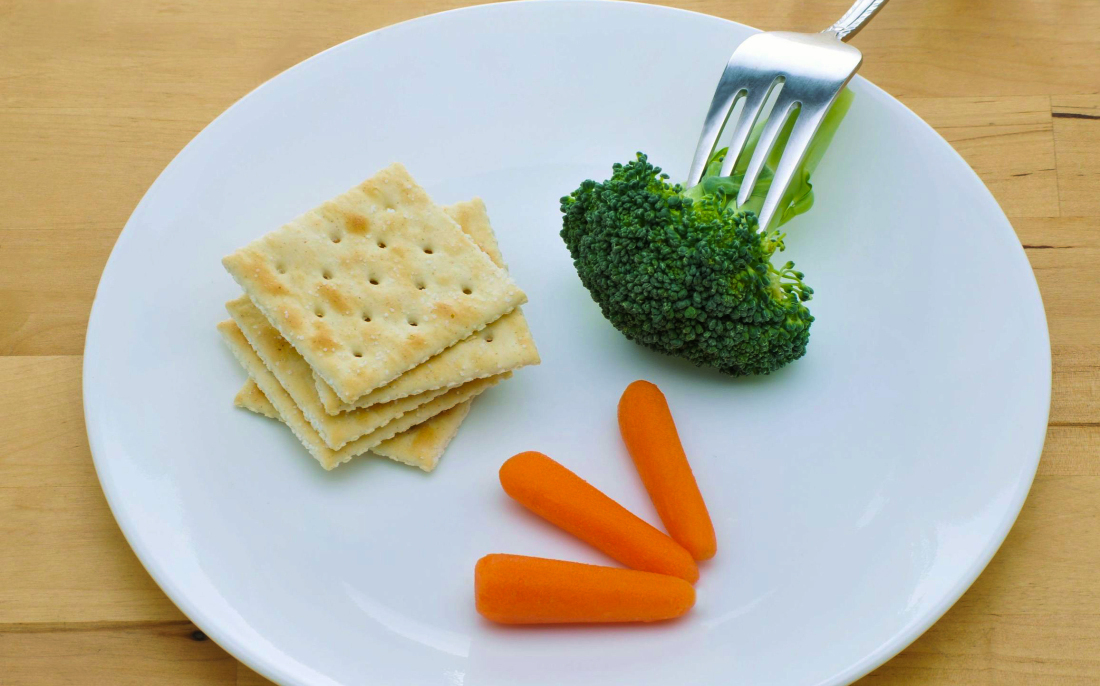 Rittenhouse Certified Fitness Trainer Tip: Eating too little slows weight loss
